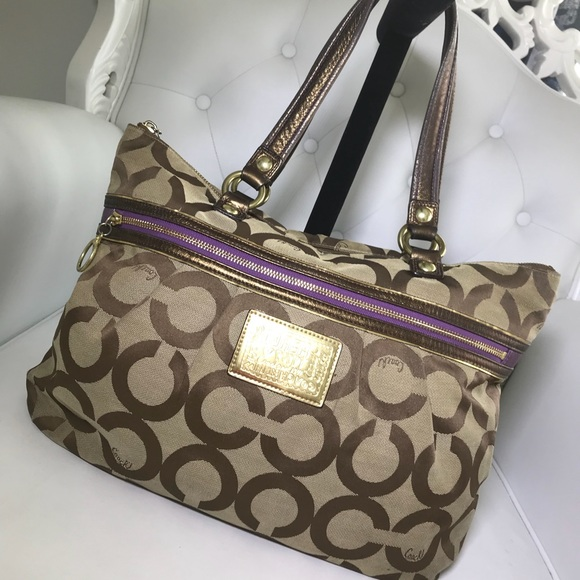 coach bags gorgeous large tote overnight bag poshmark rh poshmark com
